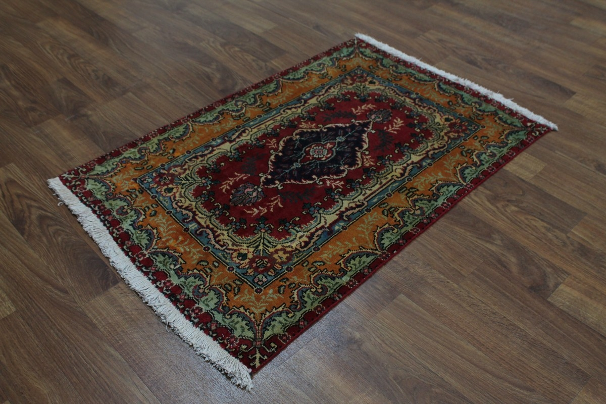 Traditional Foyer Rugs : Foyer area rugs and stair runner